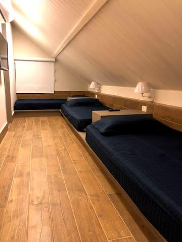 suite mezanino vista 1 ( quarto 5)