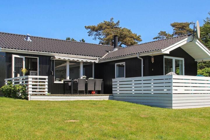 Maison de vacances de luxe avec terrasse couverte à Millinge