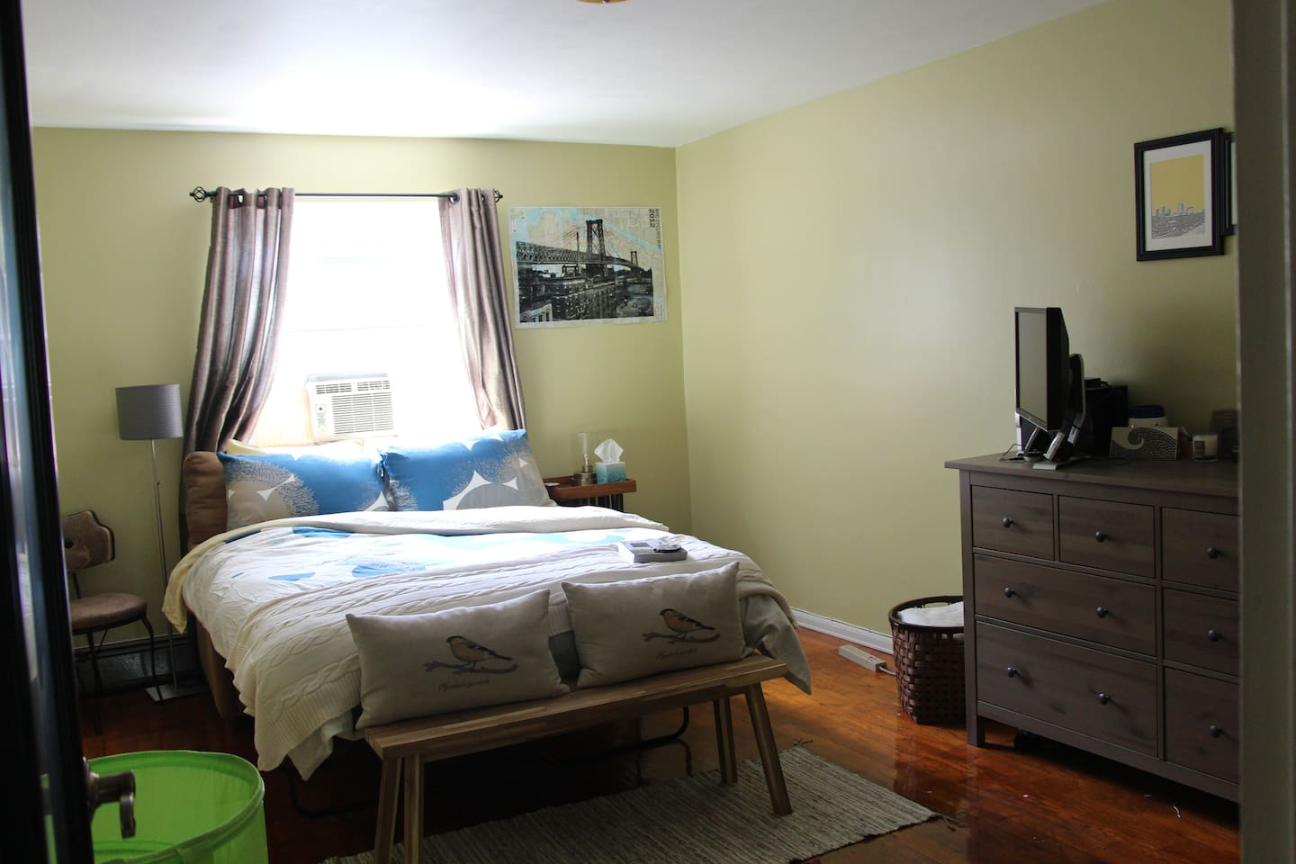 Guest Bedroom with entertainment system