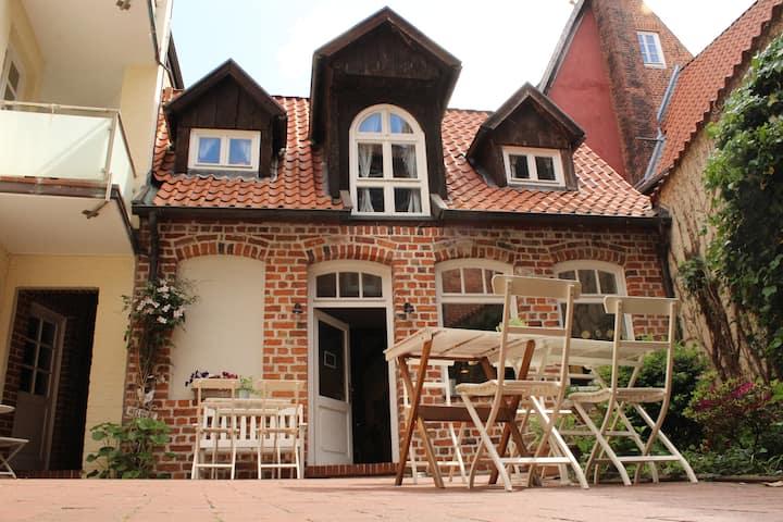Samowar Cottage