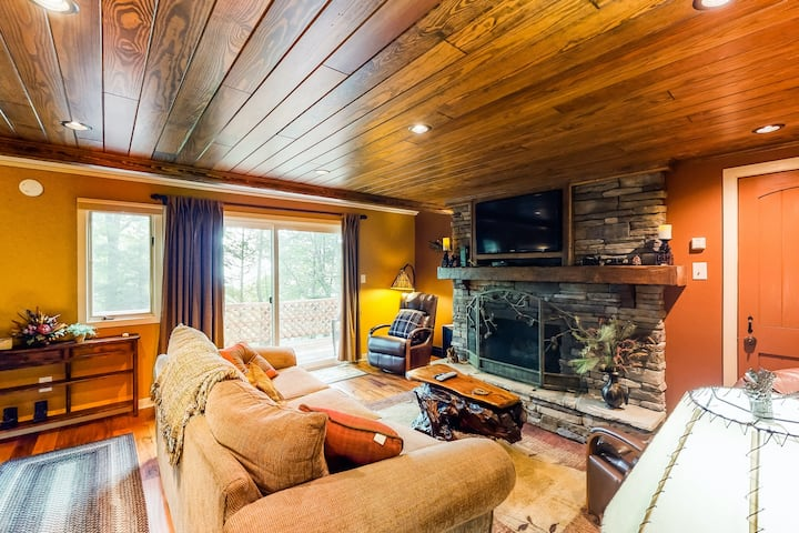 New listing! Inviting mountain oasis near slopes w/ wraparound deck - dogs OK!