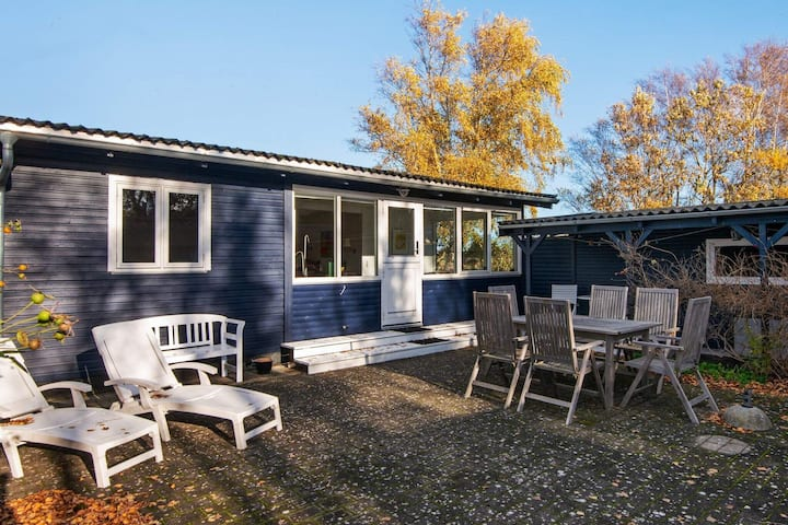 8 person holiday home in Grenaa