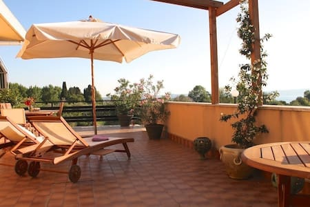 Penthouse apartment in Bolsena - 4 Room - Bolsena - Byt