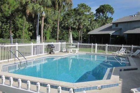 Your SW Florida home with Pool - North Fort Myers - Casa