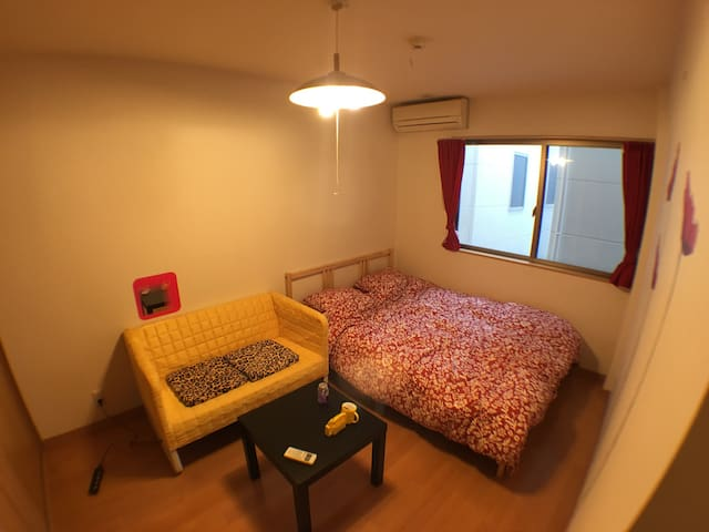 Cozy room for alone or couple traveling in Osaka!