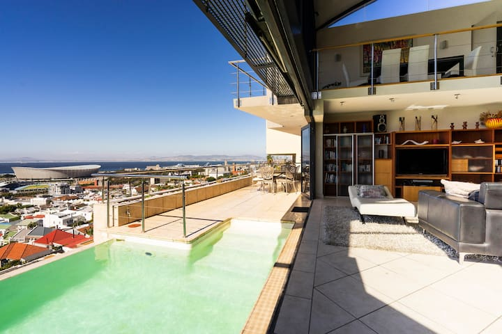 ♥Luxury Cape Town Villa with Panoramic Sea Views ♥