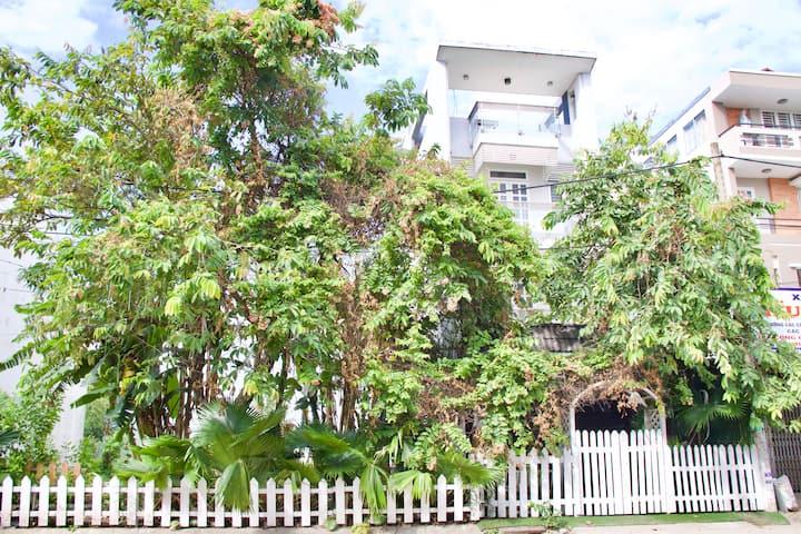 Lovely big garden home