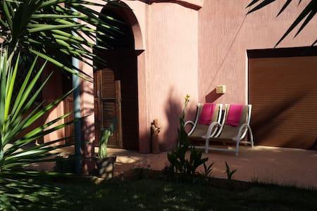villa jeanne - Témara - Huvila