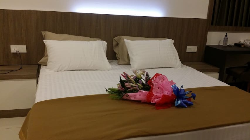 Exclusive Guest House @ D' Wharf PD
