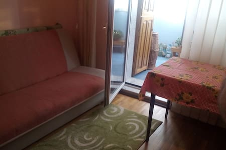 Comfortable room at 20' from the city center - Cluj-Napoca