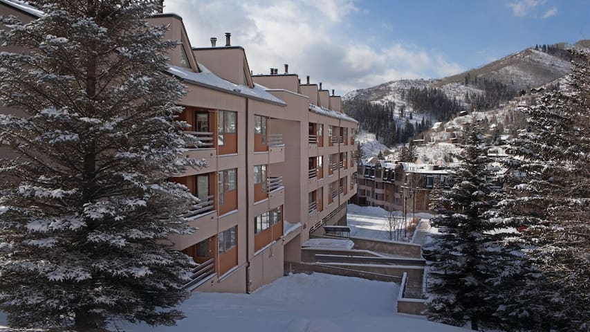 Vail, CO Feb 24-Feb 29, 2020. Marriott's Douglas
