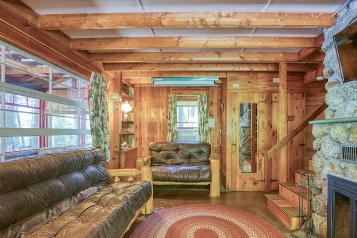 Lakefront dog-friendly home w/ dock & outdoor fire pit!