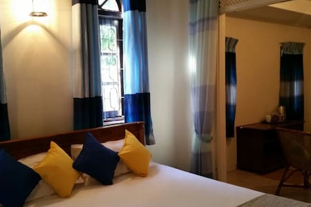 Cozy Room near Airport & Negombo - Negombo - Ev