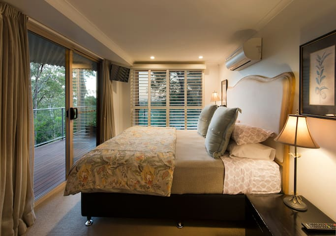 Arabella Guest House/The Tallowood Suite - Buderim - Daire