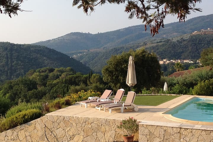 Private villa with sweeping views and pool