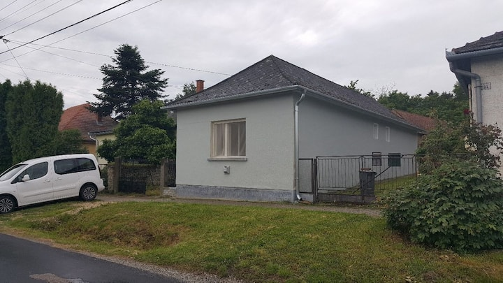 Önálló két szobás házikó