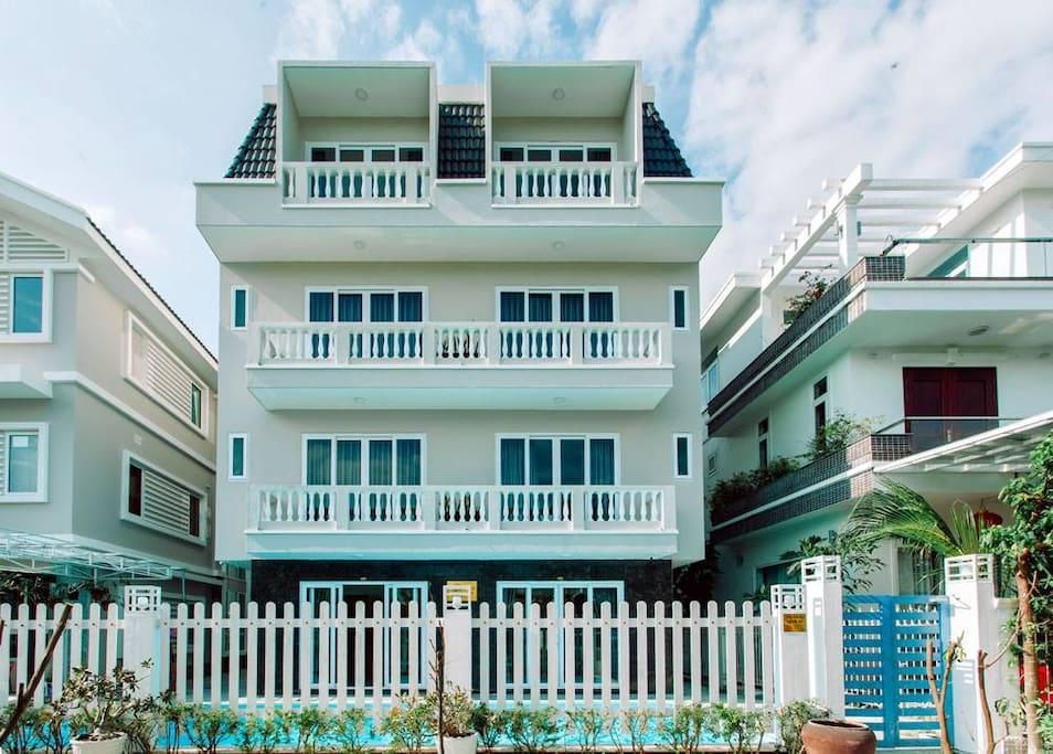 Front-side Villa KyoThu