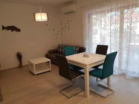 """Quiet,new apartment """"Anja"""" with a terrace & garden"""