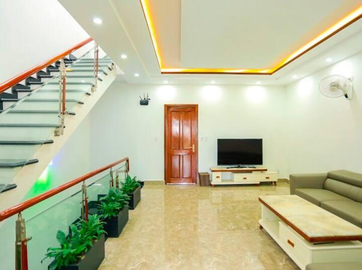 Xuan's apartment (202)