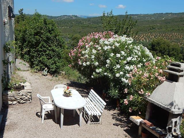 Le Castellet : Appartement dans villa indépendante