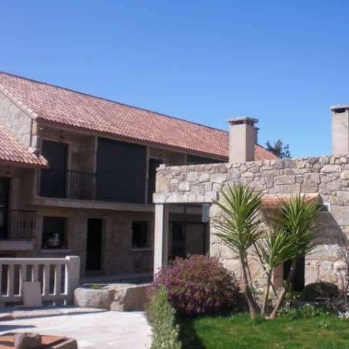 Apartamentos ´´O Castro´´ en Castrelo-CAMBADOS