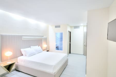 ALKQUIMIA HOTEL (Double room) 35% OFF LONG STAYS