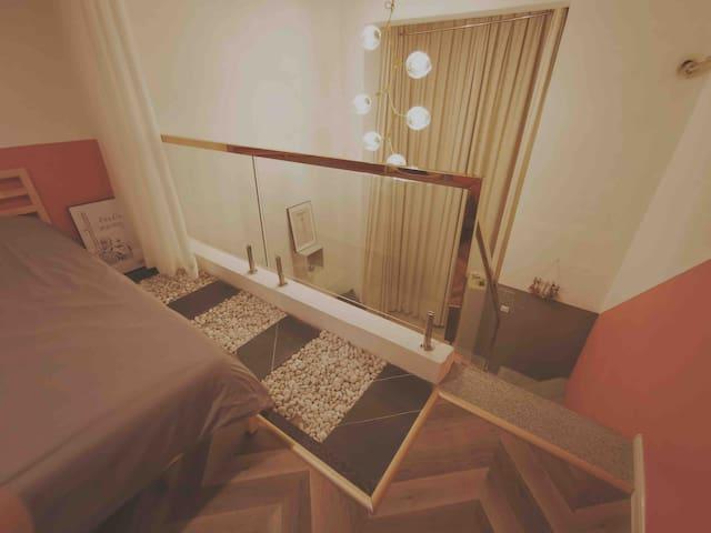 随心House room2 预订四晚及四晚以上免费接机 永宁门大雁塔钟鼓楼城墙轻奢复式Loft