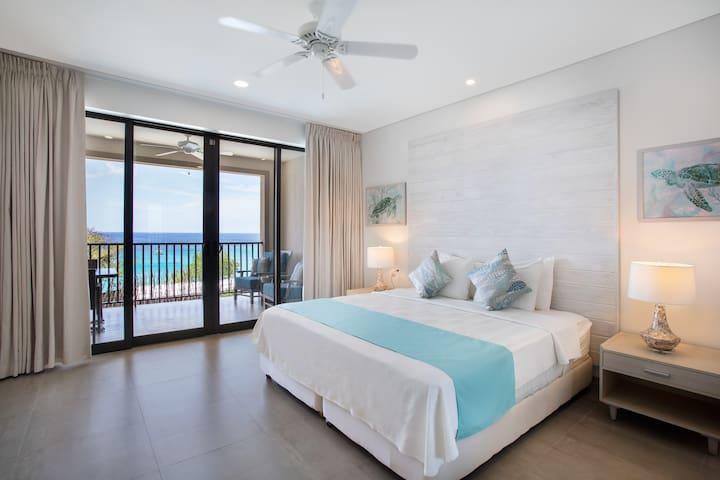 Bedroom, Luxury Suite