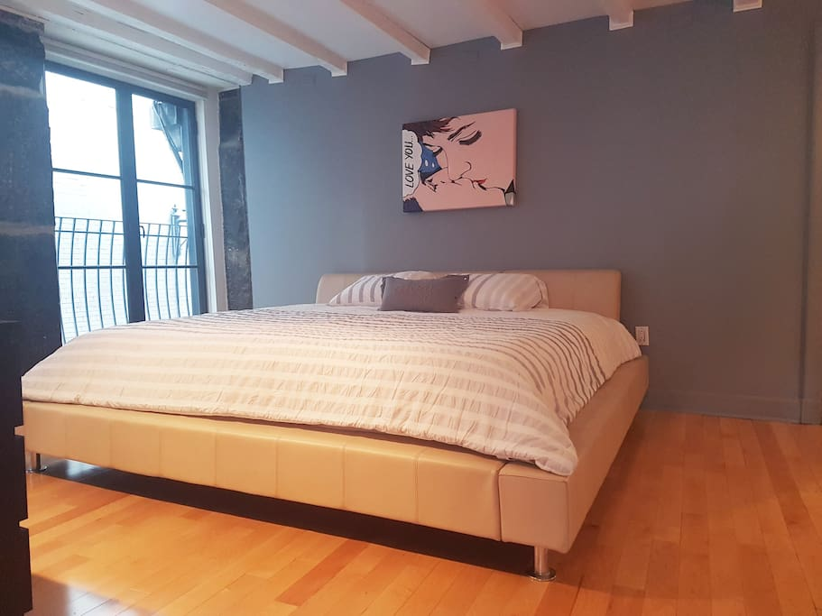1 Bedroom Condo In The Very Heart Of Old Montreal Apartments For Rent In Montr Al Qu Bec Canada