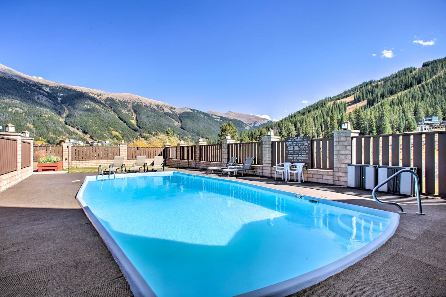 Enjoy the view and splash around in Copper's only year-round heated slopeside pool!