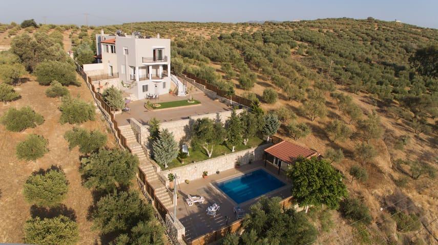 Marakis Villa Luna Rossa Crete - Καβροχώρι - วิลล่า