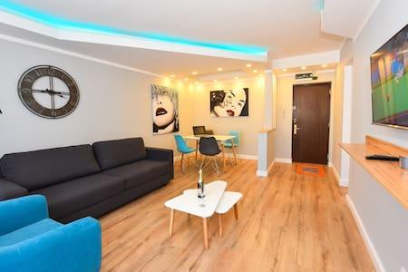 Grand Accommodation - Twin 3 Apart - Bucharest - Leilighet