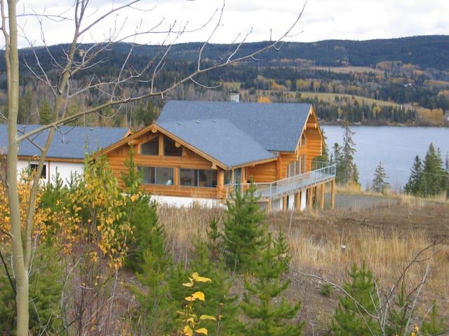 Standardroom with Bathroom, Bridge Lake/Cariboo BC - Bridge Lake - Aamiaismajoitus