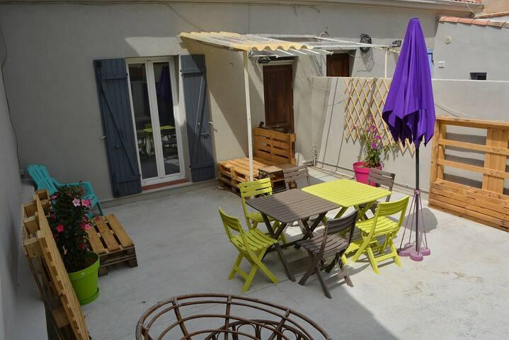 Maison 6pers terrasse ensoleillée à 200m plages - Marseille - House