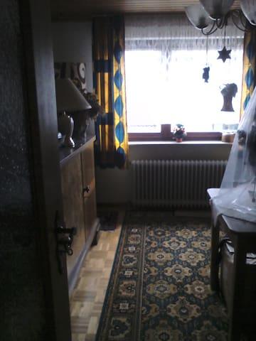 1 Zimmer Apartment ohne Küche, schön ruhig - Breckerfeld - Huoneisto