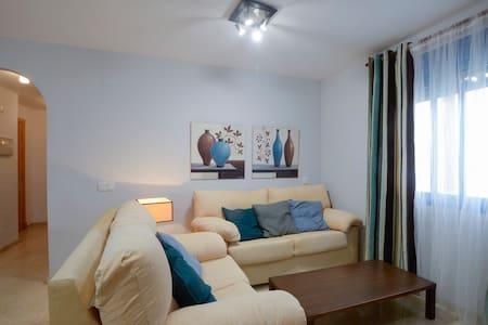 Cómodo apartamento de 1 habitación semi-centrico