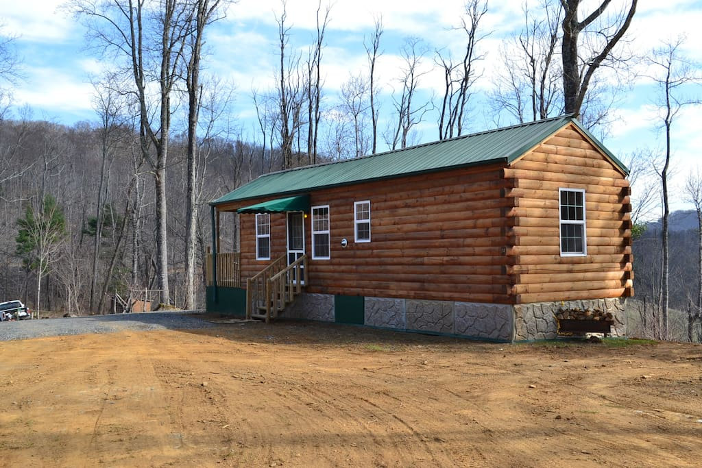 New log cabin remote mountain top cabins for rent in for 8 bedroom cabins in north carolina
