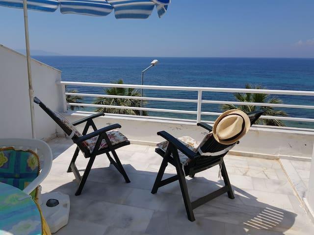 Luxury amazing seaview in Kusadasi Guzelcamli