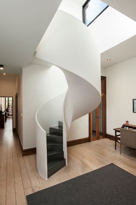 Entrance, staircase and desk area