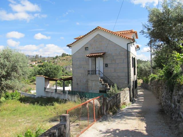 Casa rústica e confortável na Serra - Gouveia - Talo