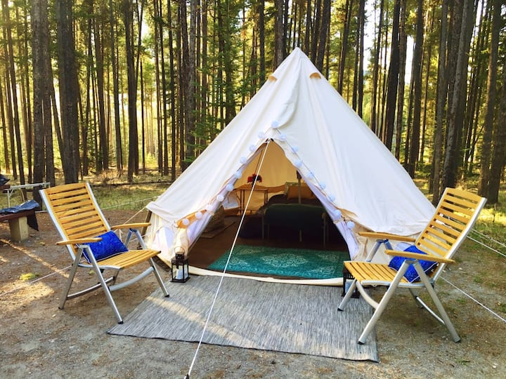 Bohemian Dreams- Luxury Tent in Banff Region