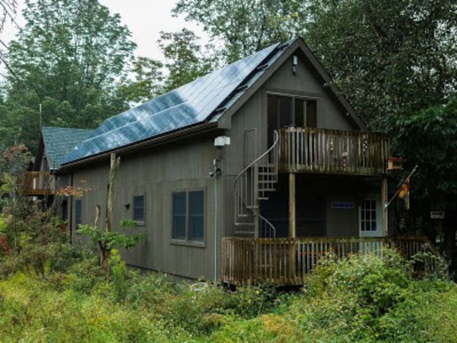 Solar Powered North Bunk House