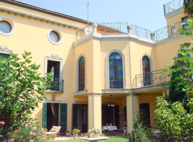 2 Freisa de Villa Hortensia