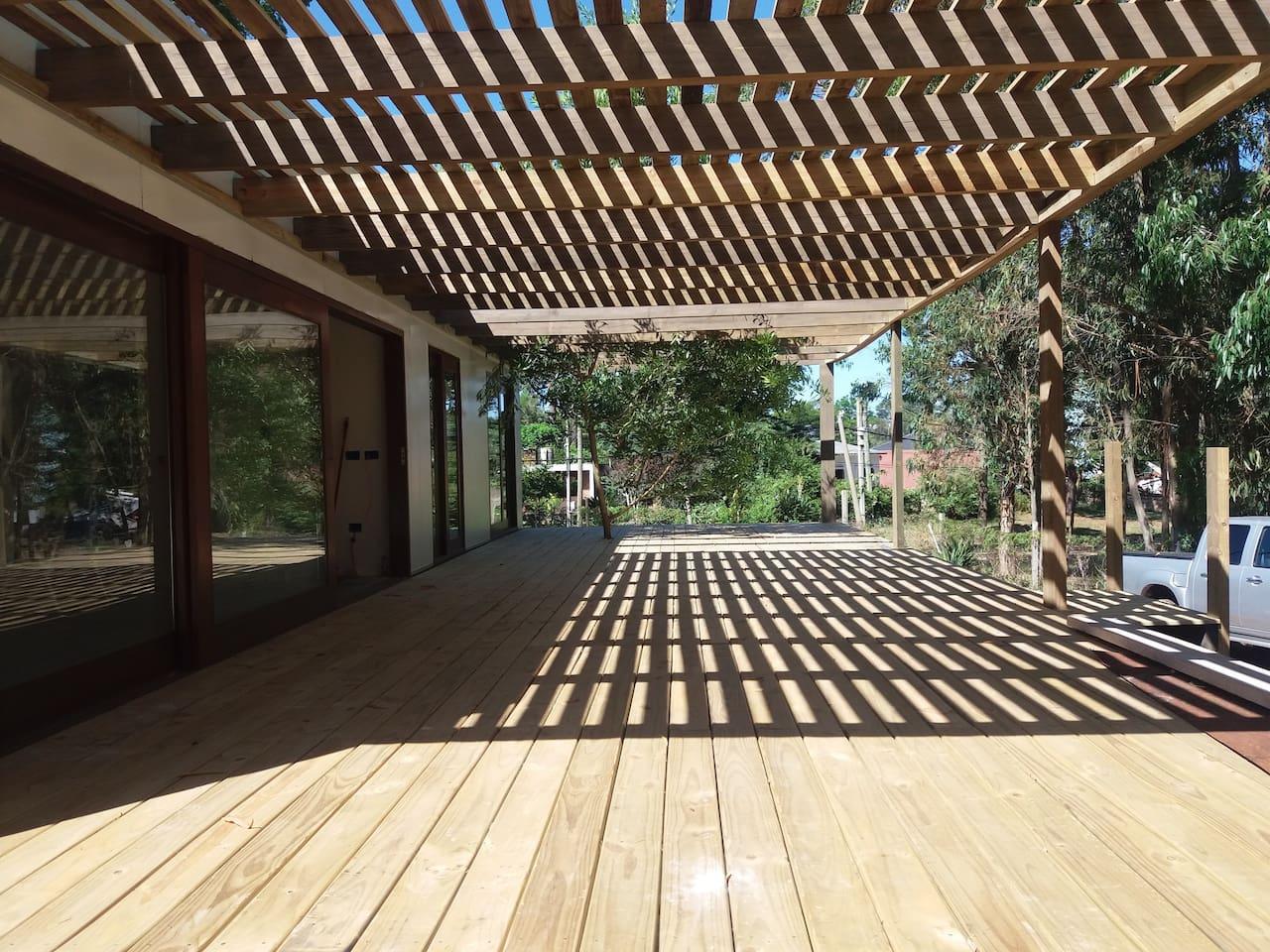 Amplió deck 12 mts x 4.5mts