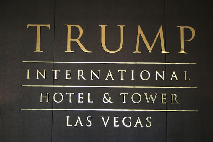 TRUMP HOTEL 1BR Corner Suite 2Bath 975sf 57Flr H - Las Vegas - Lyxvåning