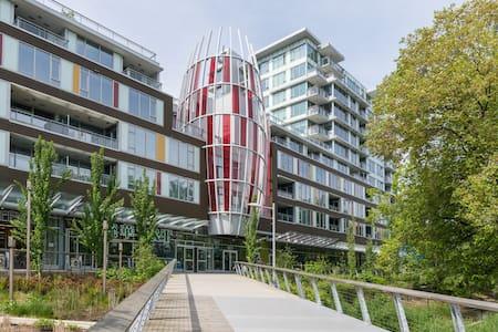 1br studio above T&T supermarket(no gas stove) - Richmond - Apartment