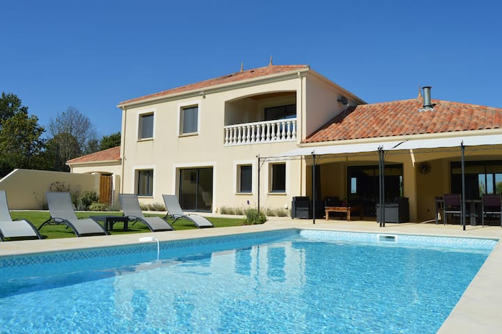 Lovely 7 bedroom Villa in Thouarsais-Bouildroux (Q
