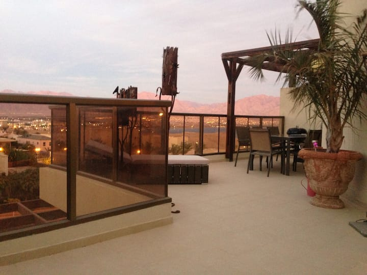 Sharon penthouse  with swimming pool