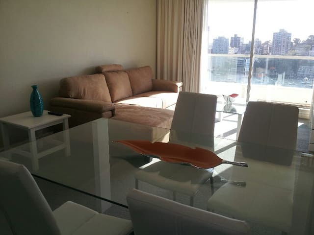 Overlooking Lavender Bay one bedroom apartment - Milsons Point - Appartement
