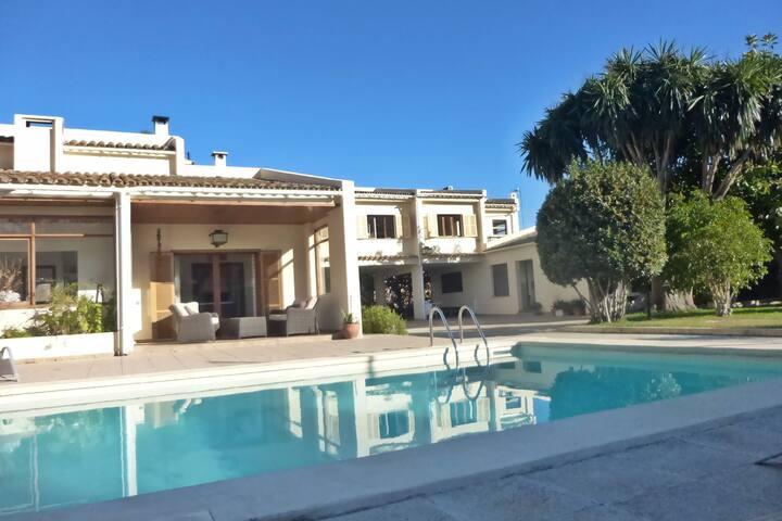 Casa Gracia Calma